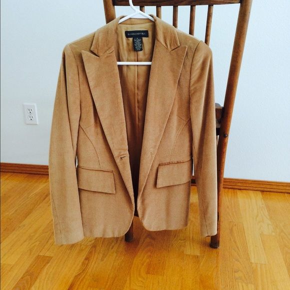 Banana Republic Golden-Brown Blazer Never worn, one-button corduroy blazer that's kind of a light camel color. Pockets are decorative only, not real. Shell is 57% cotton, 43% rayon. Lining is 100% rayon. Banana Republic Jackets & Coats Blazers