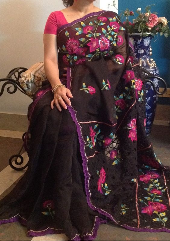 Moslin Saree With Heavy Embroidery Cut Work: