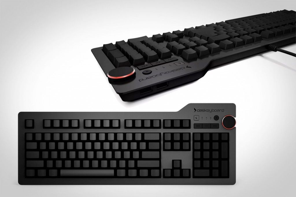 DAS KEYBOARD 4 ULTIMATE  Otaku & Dvorak - the ultimate combo...badass....