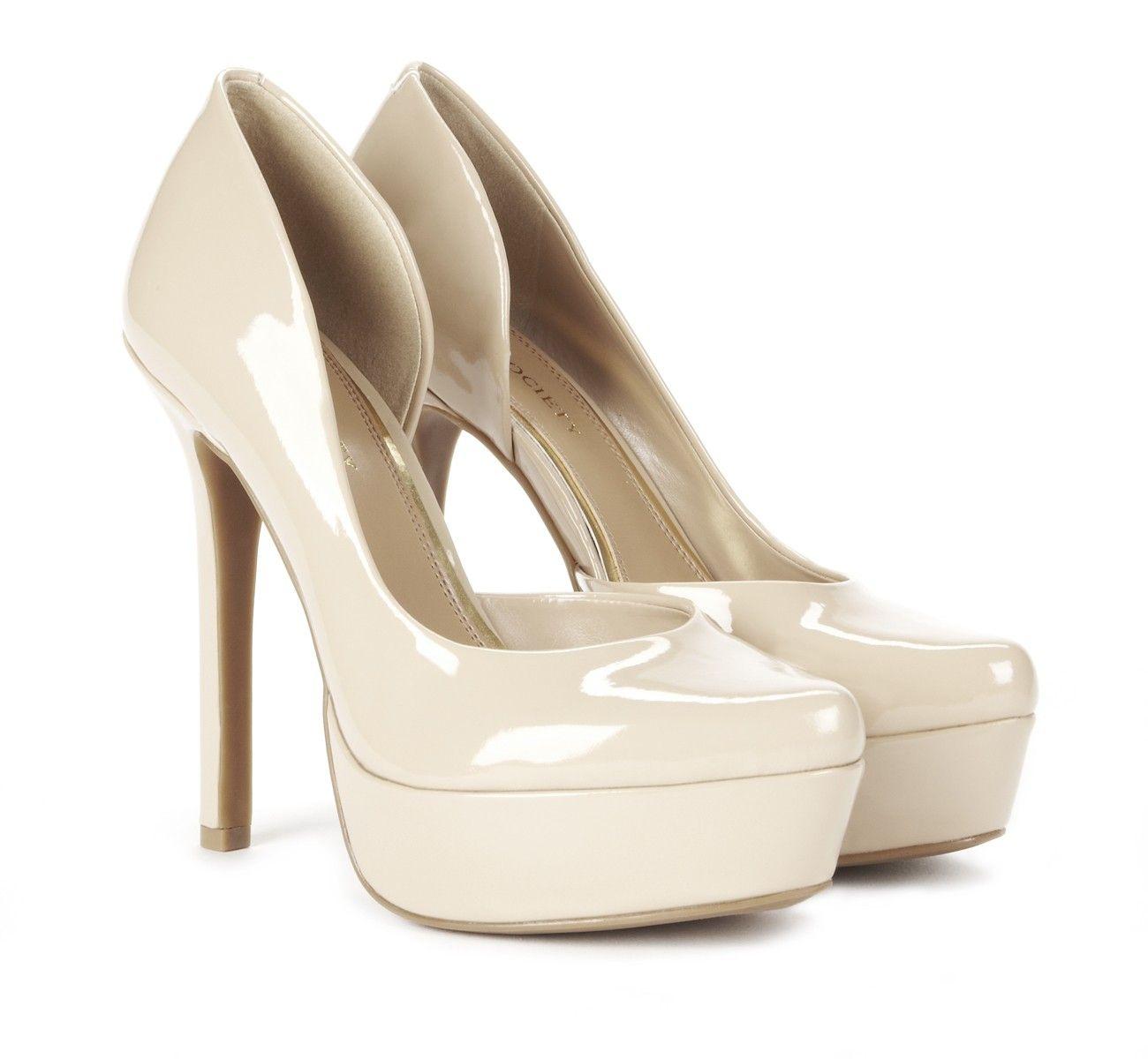 glossy white pumps!