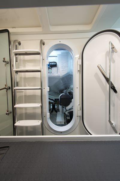 Boat Engine Room: Riviera 6000 Sport Yacht