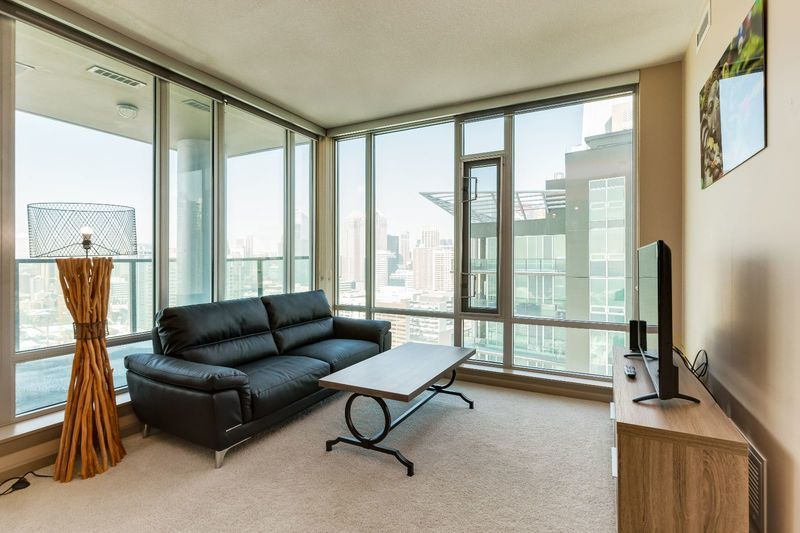 Private Balconies For Personalized Views Of Calgary S Downtown Business Core Arriva T Furnished Apartment Apartments For Rent
