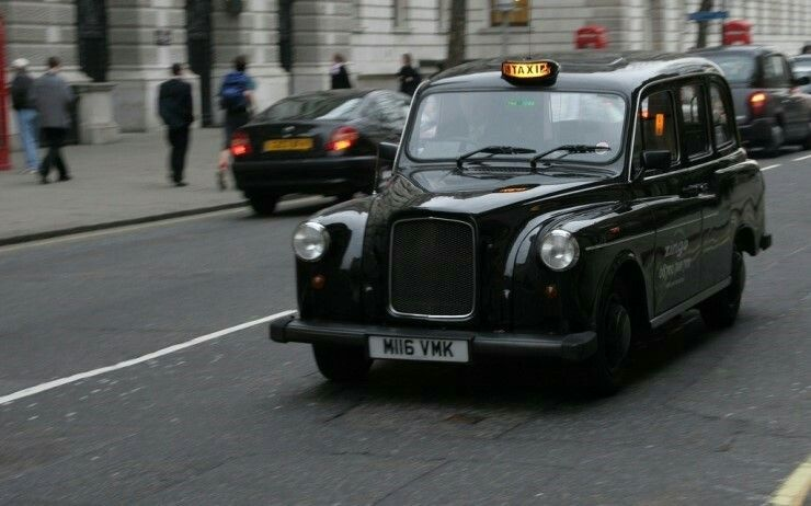 Pin By Emily On Poster Design In 2020 London Taxi London Cab London Black Cab