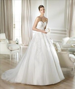 """New for 2014~White One """"Toscana"""" Strapless sweetheart neckline tulle ball gown with a Alencon lace appliques full lace-up corset back and semi-cathedral train"""