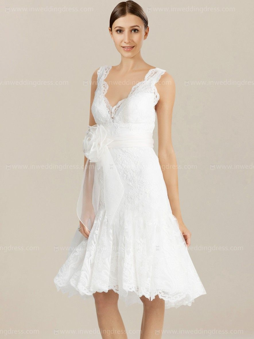 Casual wedding dress with sleeves  Simple Casual Wedding Dresses  Best Wedding Dress for Pear Shaped