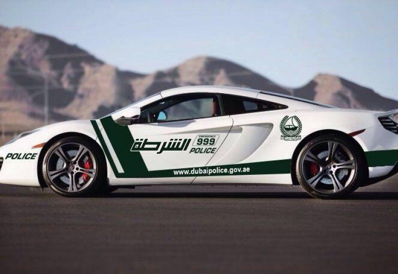 Dubai Police Add A Mclaren Mp4 12c To Their Ranks Police Cars Police Super Cars