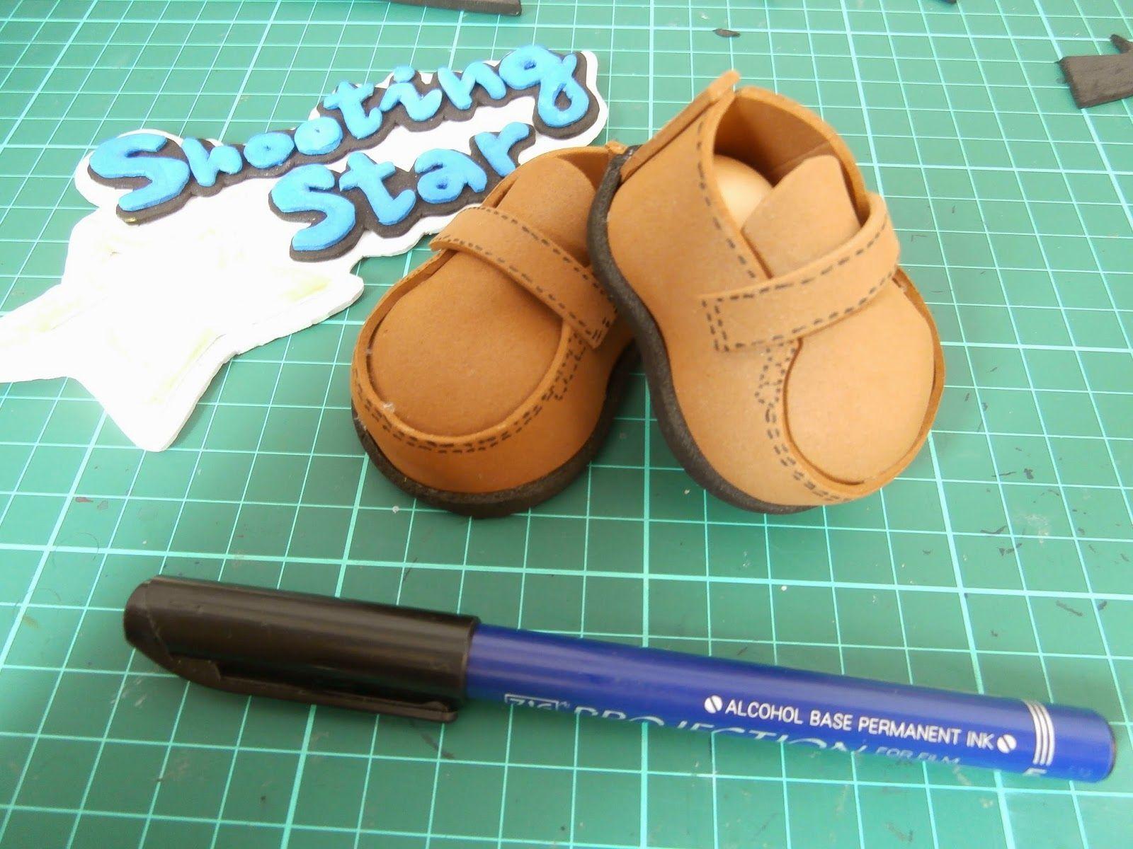 b7b4aa4c6e9 Patrones zapatos de fofuchas Zapatos para fofuchas DIY