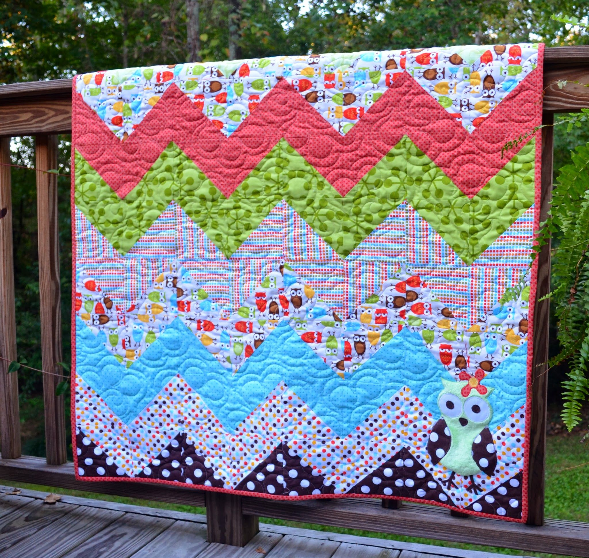 Free Owl Quilt Block Pattern | Baby Emma's first quilt from Grandmama is finished!