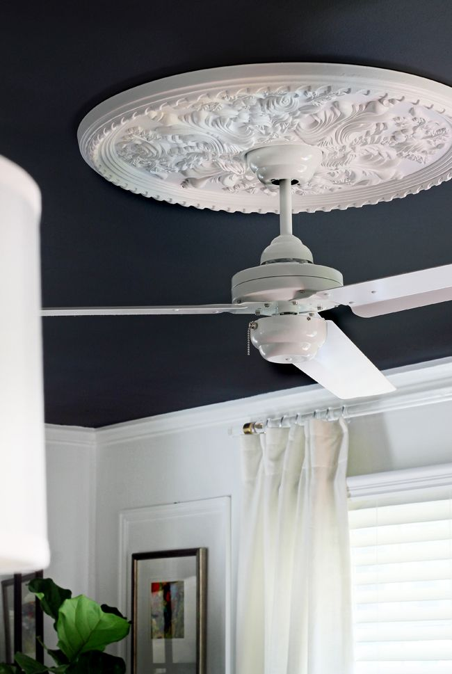 Can T Ditch The Ceiling Fan But Don Want It To Stick Out Like A Sore Thumb Love This Medallion Solution From Hunted Interior