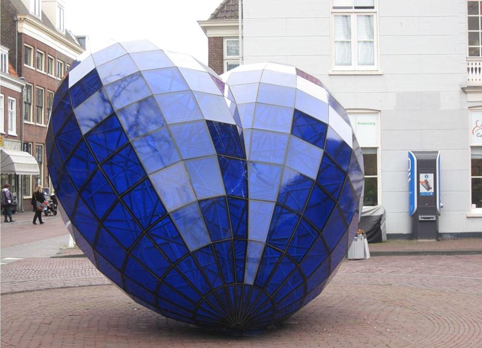 Badezimmerdesign bangladesch coeur bleu au centre de la ville u  blau azul blue royalblue