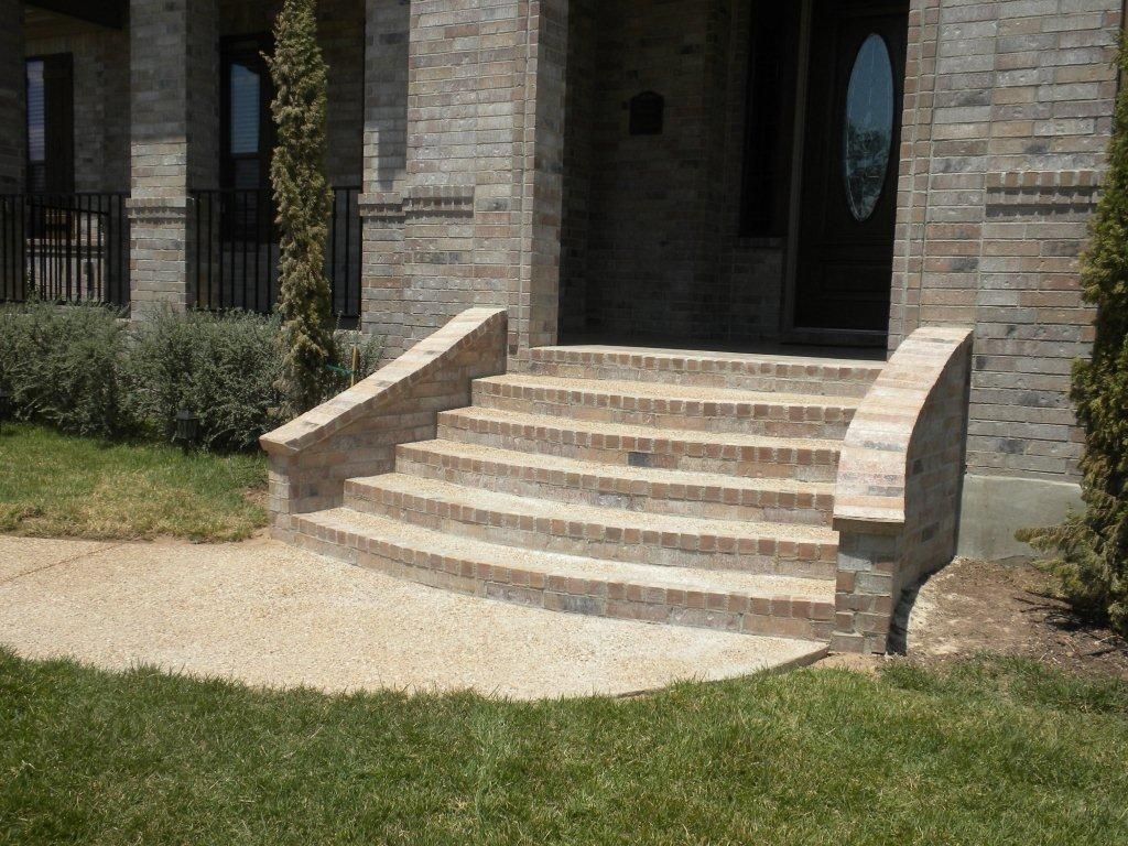 Best Pics Of Brick Steps Inspiring Brick Front Porch Steps 6 Steps Elevated Stairs Green 640 x 480