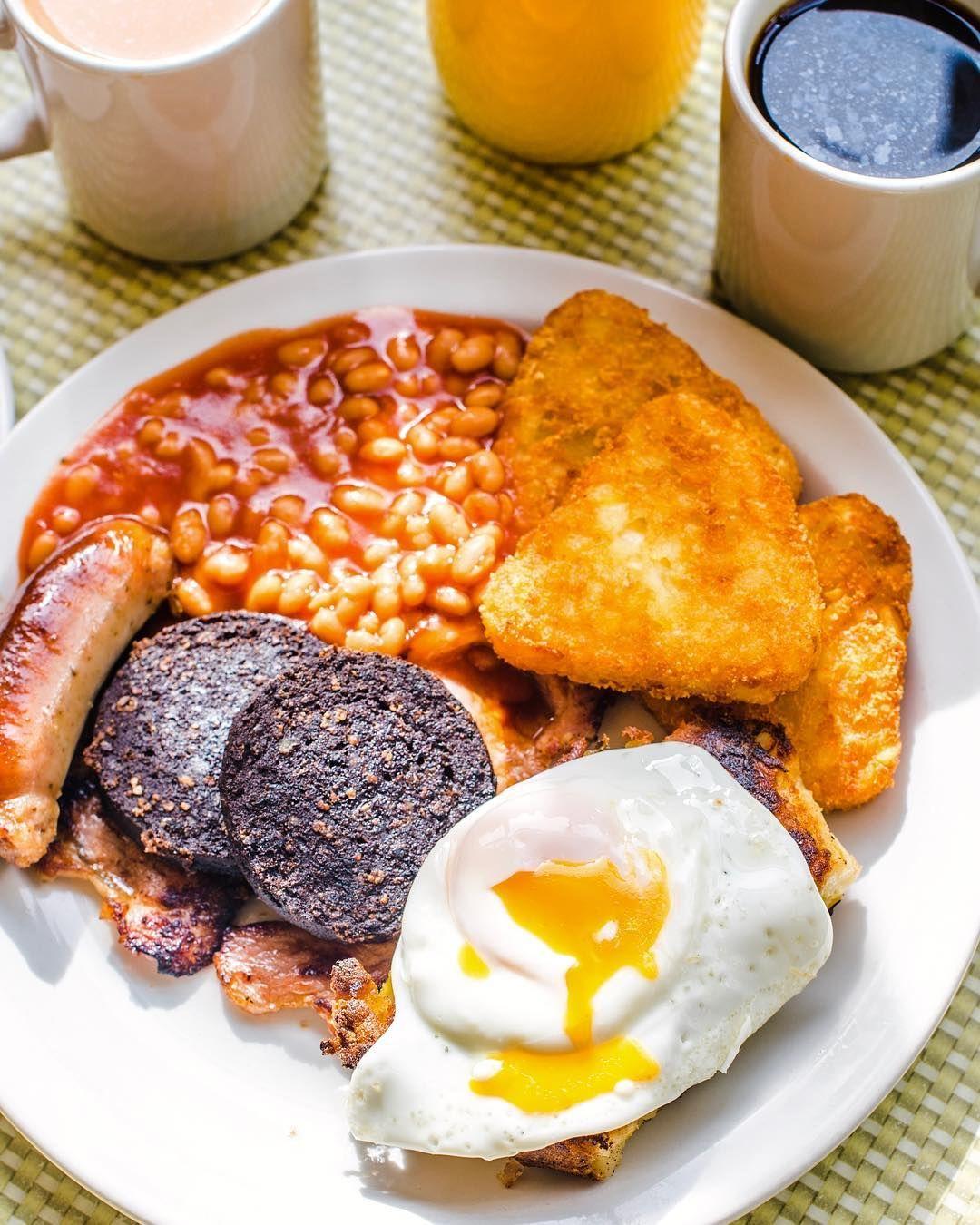 Estás Planeando Un Viaje A La Capital Inglesa Aquí Te Damos Una Lista De 10 Restaurantes Donde Comer Barato En Lon Comer En Londres Comida Vegetariana Comida