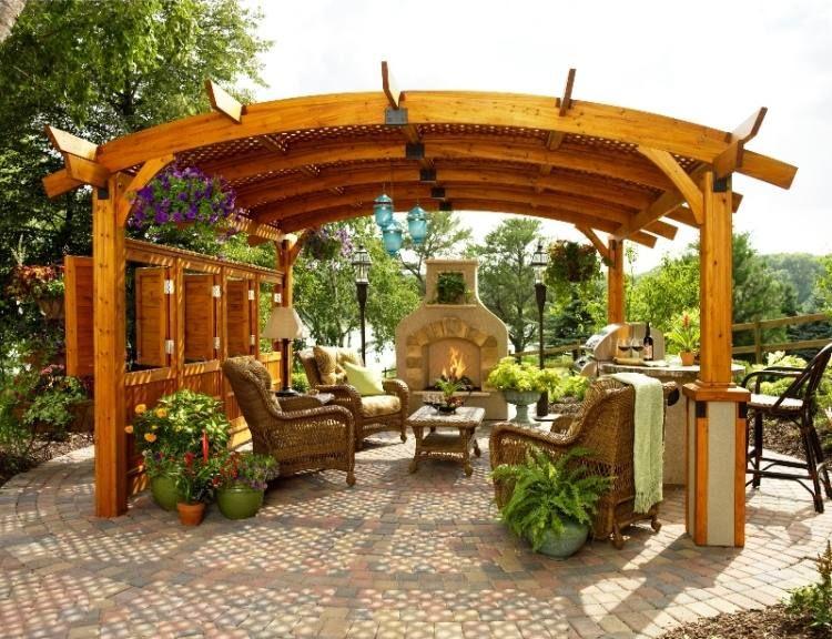 Terrasse couverte - 30 idées sur l\'auvent en bois et la pergola