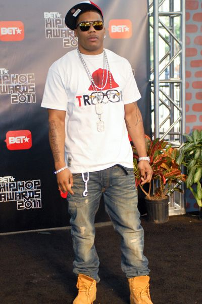 LL Cool J and Nelly at BET Hip Hop Awards  a22785dd3aa