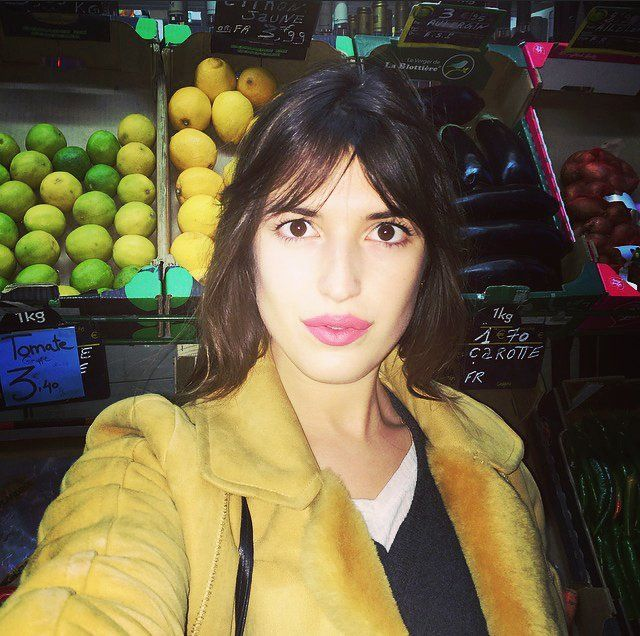 5 Lessons in Wearing Spring's Best Lipsticks from Parisienne Jeanne Damas 5 Lessons in Wearing Spri