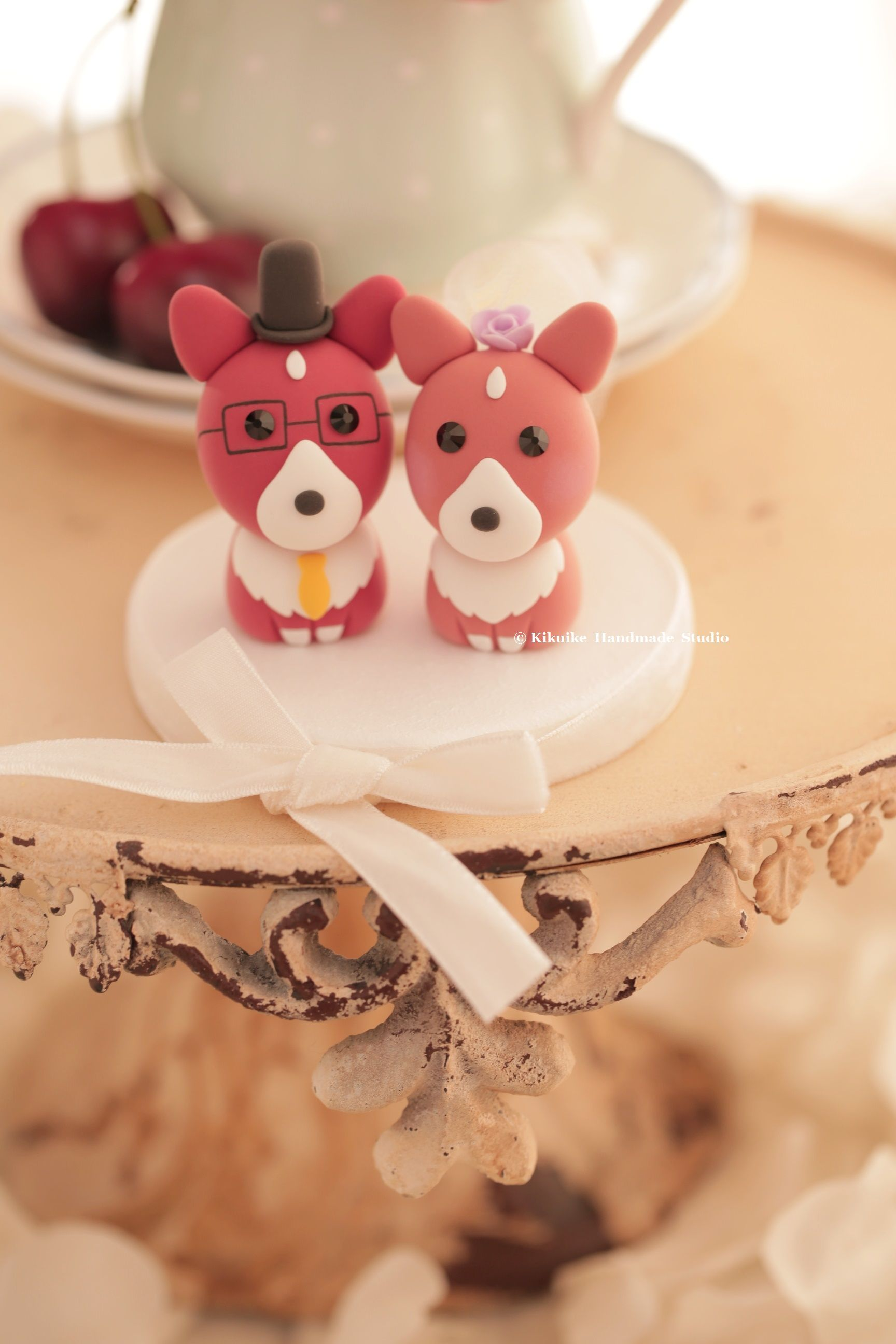 Pembroke welsh corgis wedding cake topperk cats u dogs cake