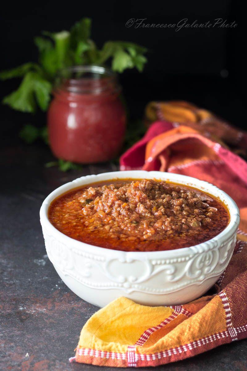 Ricetta Bolognese Salsa.Il Ragu Alla Bolognese Ricetta Di Nonna Rosa I Sapori Di Ethra Ricetta Ricette Ricette Di Cucina Cibo