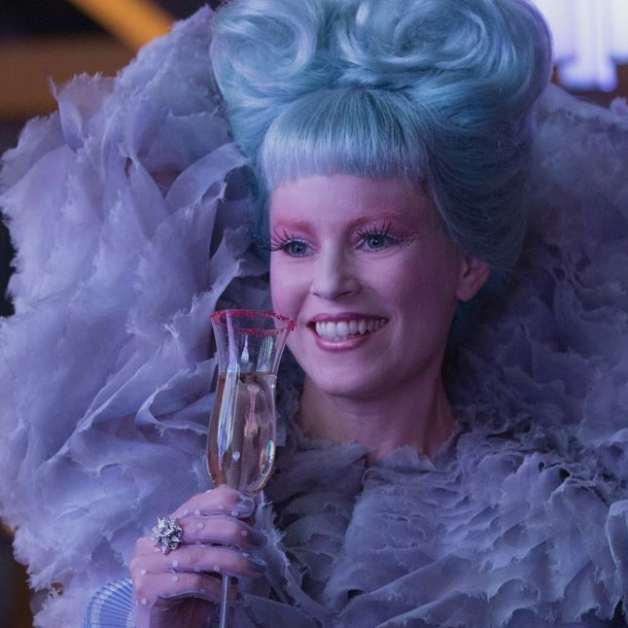 More Is Always More For Effie Trinket | El hambre, Juegos de los y ...
