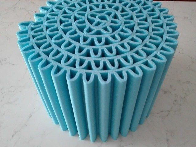 Tavolo Bambini ~ Simpatico pouf per bambini da usare come seduta o tavolo fai da