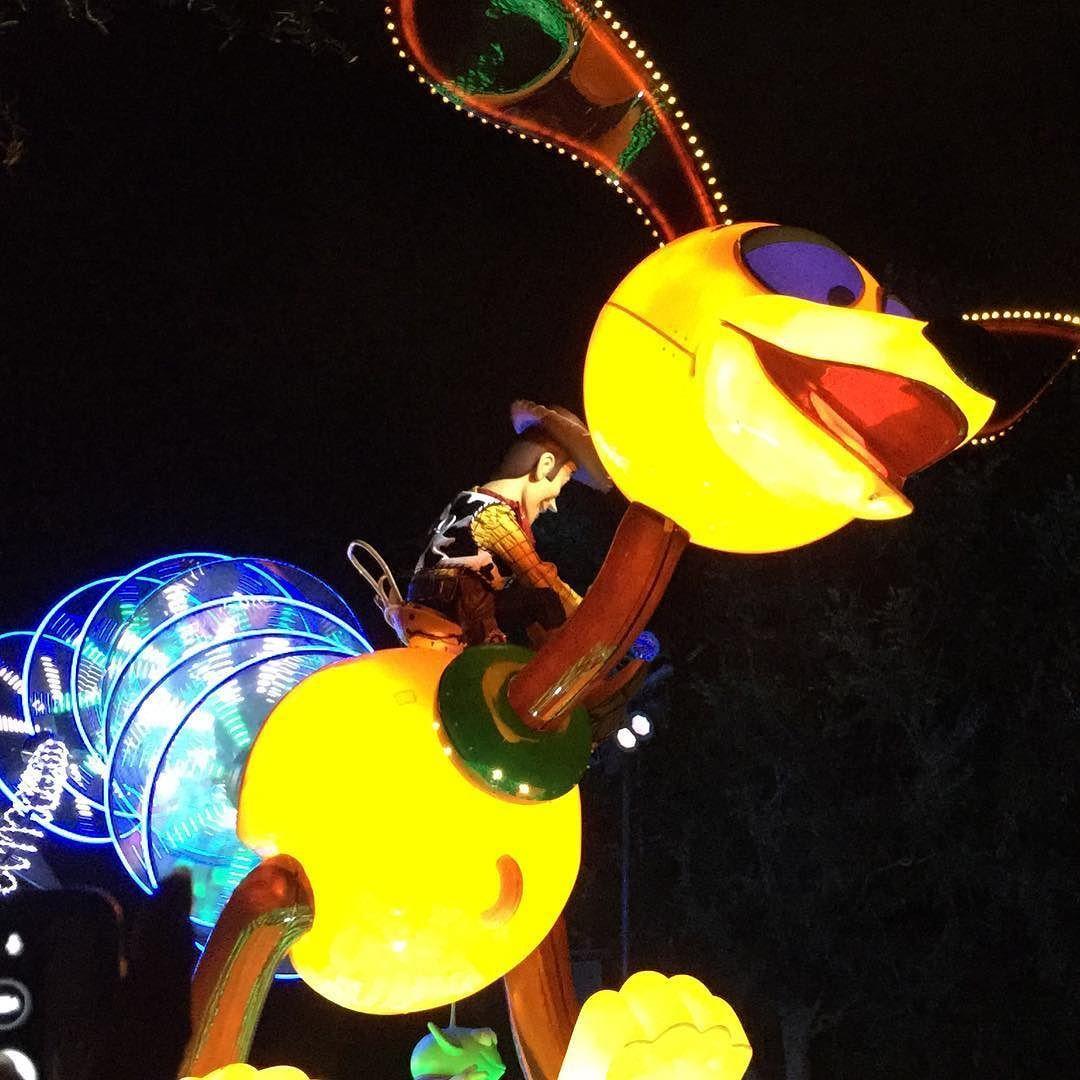 #Disneyland #PaintTheNight #ToyStory #Woody #Slinky by neogreatfox