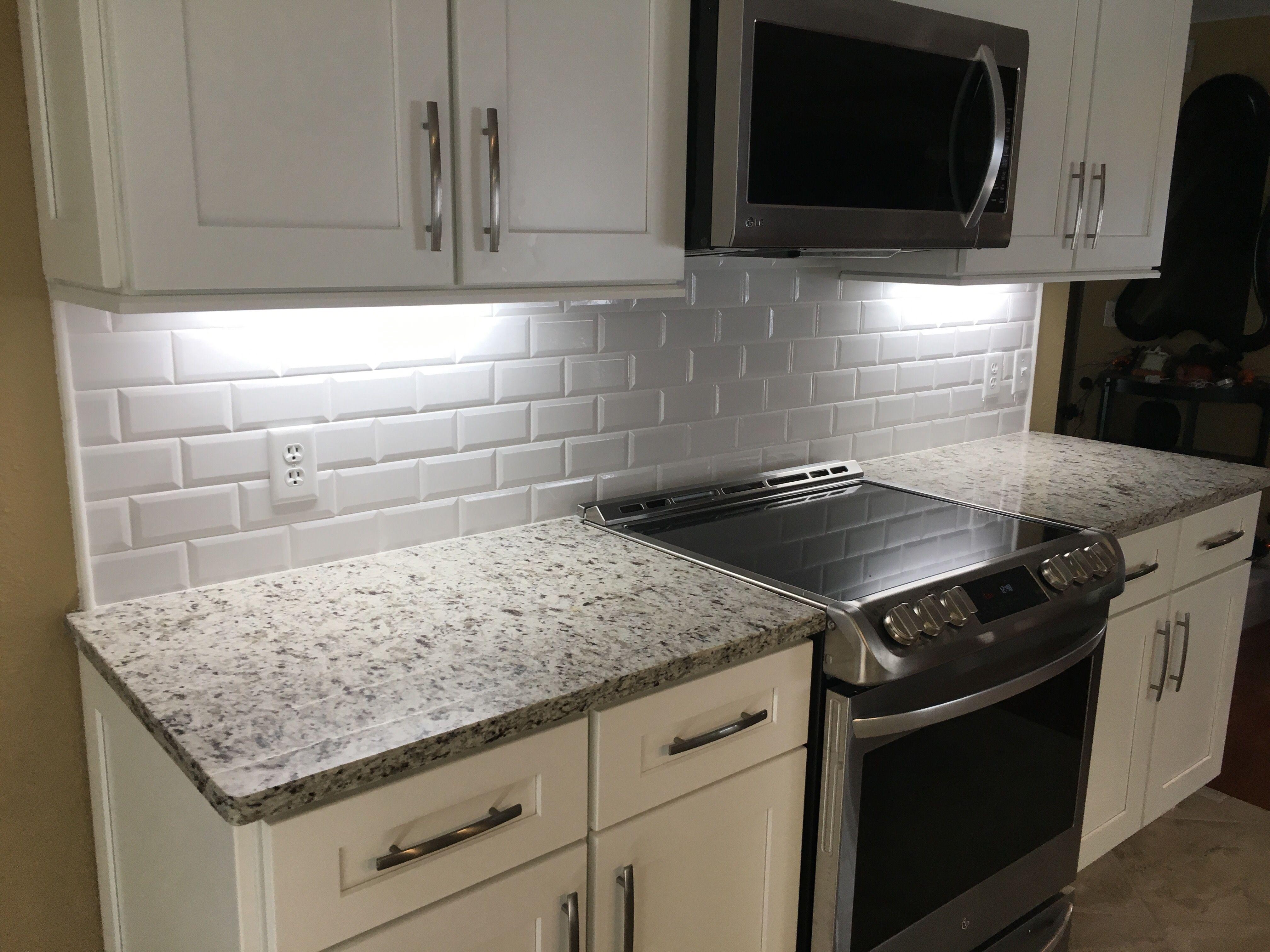 12 Subway Tile Backsplash Design Ideas Installation Tips Enthusiasthome Beveled Subway Tile Kitchen Backsplash Designs Kitchen Tiles Backsplash
