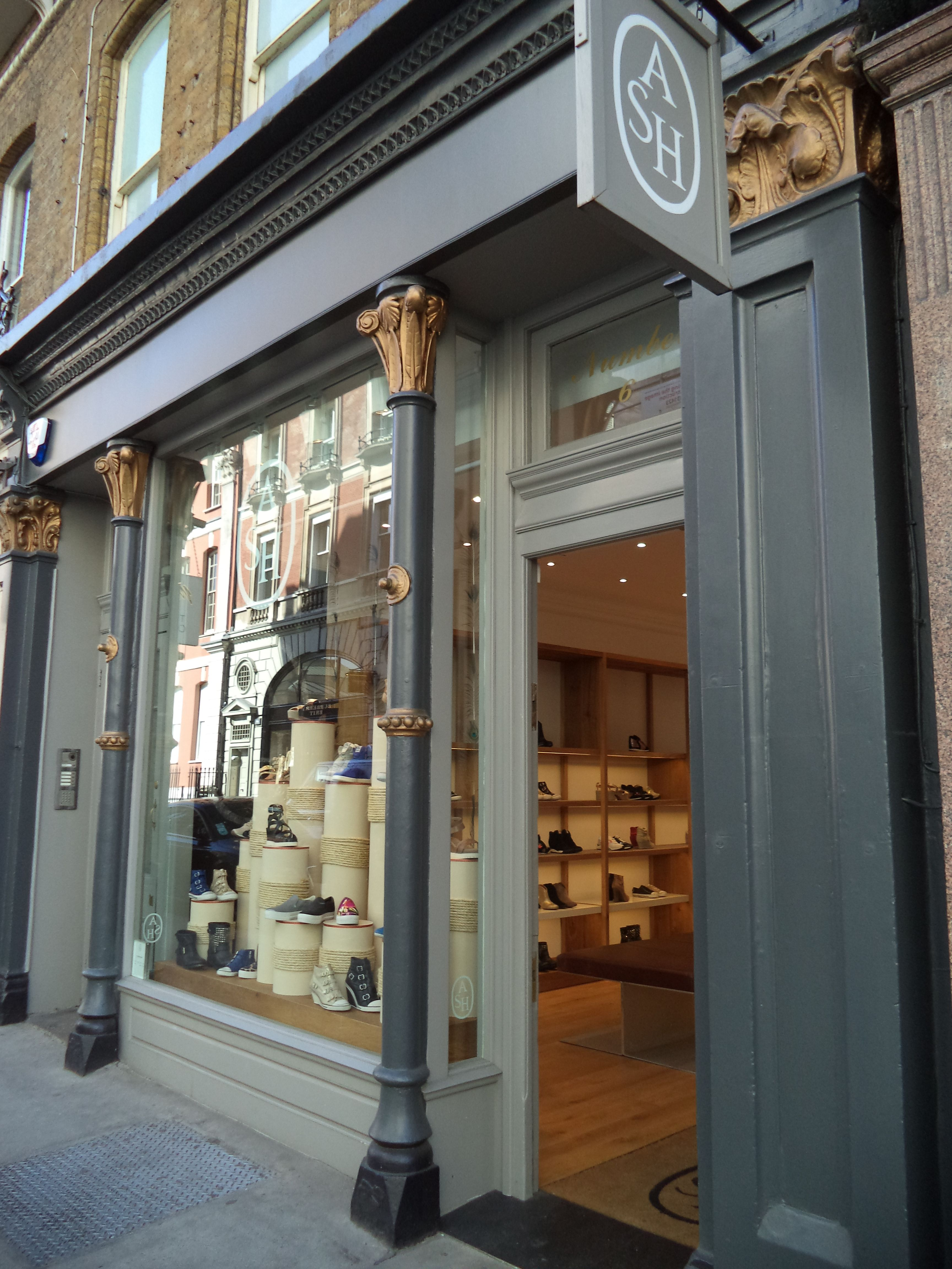 Welcome to Ash Covent Garden <3