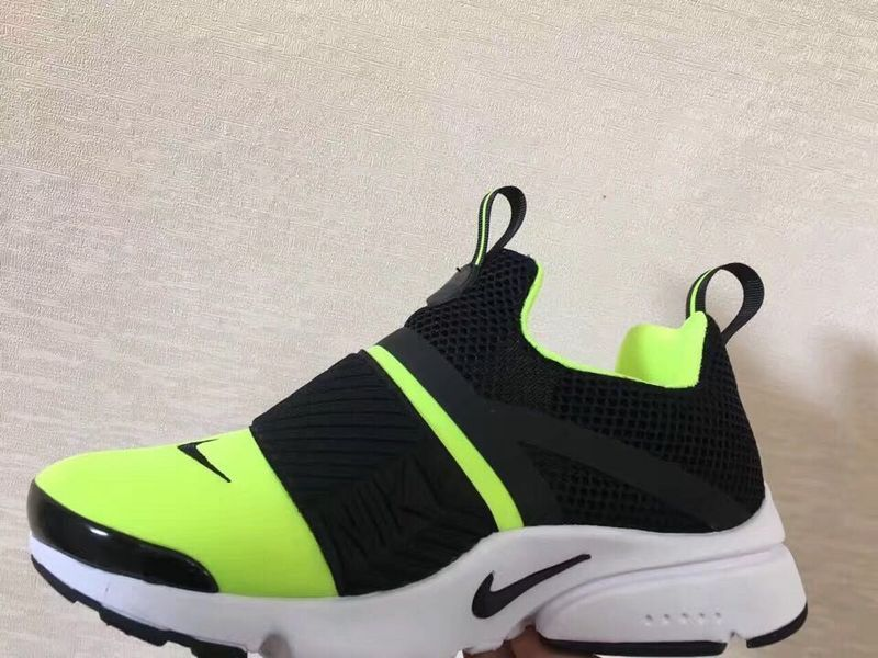 Nike Presto Extreme Running Shoes green
