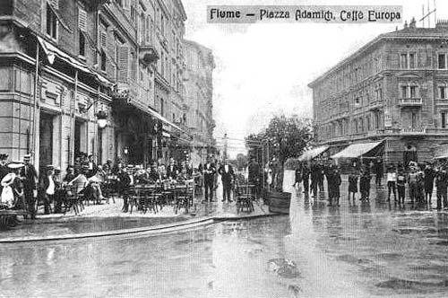Fiume – Piazza Adamich, Caffe Europa (danas McDonald's)