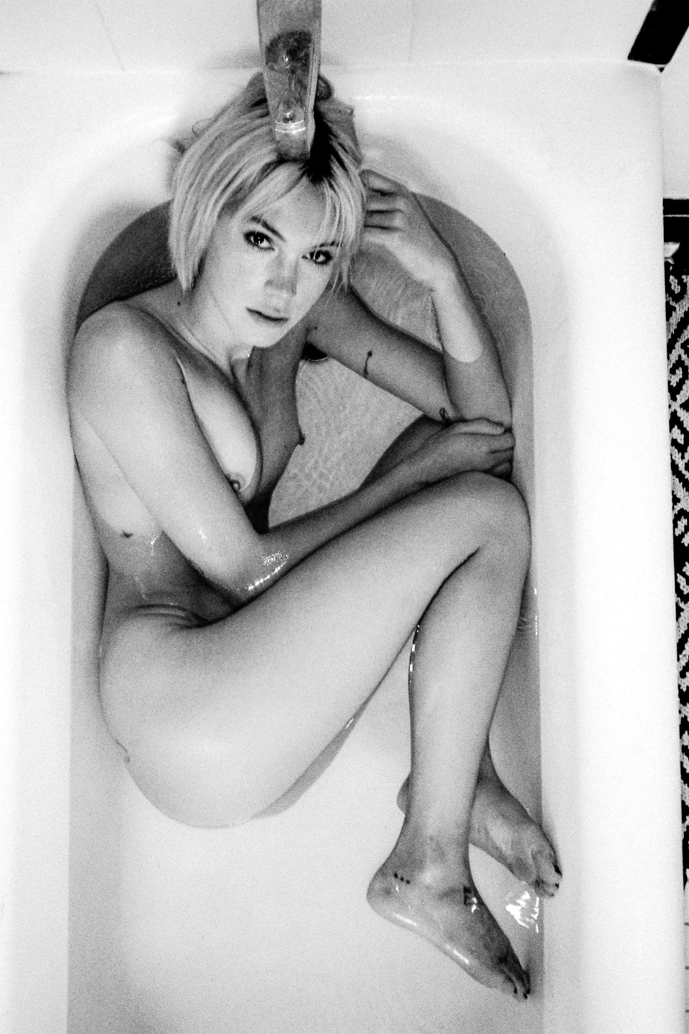 Fotos Kelsey Christian nudes (54 photo), Sexy, Paparazzi, Instagram, butt 2018