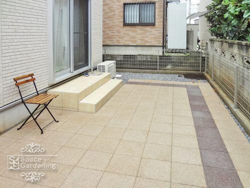 庭 外構施工例 詳細 コンクリート平板 玄関 庭 ベランダ タイル