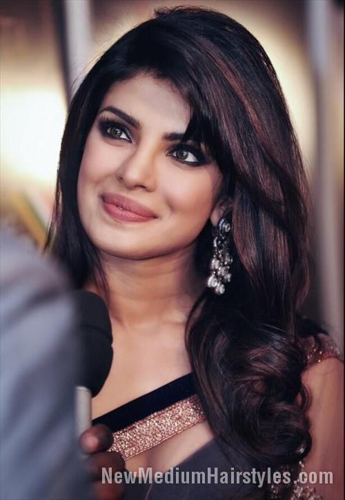 Awesome Best Priyanka Chopra Hairstyle For Girls