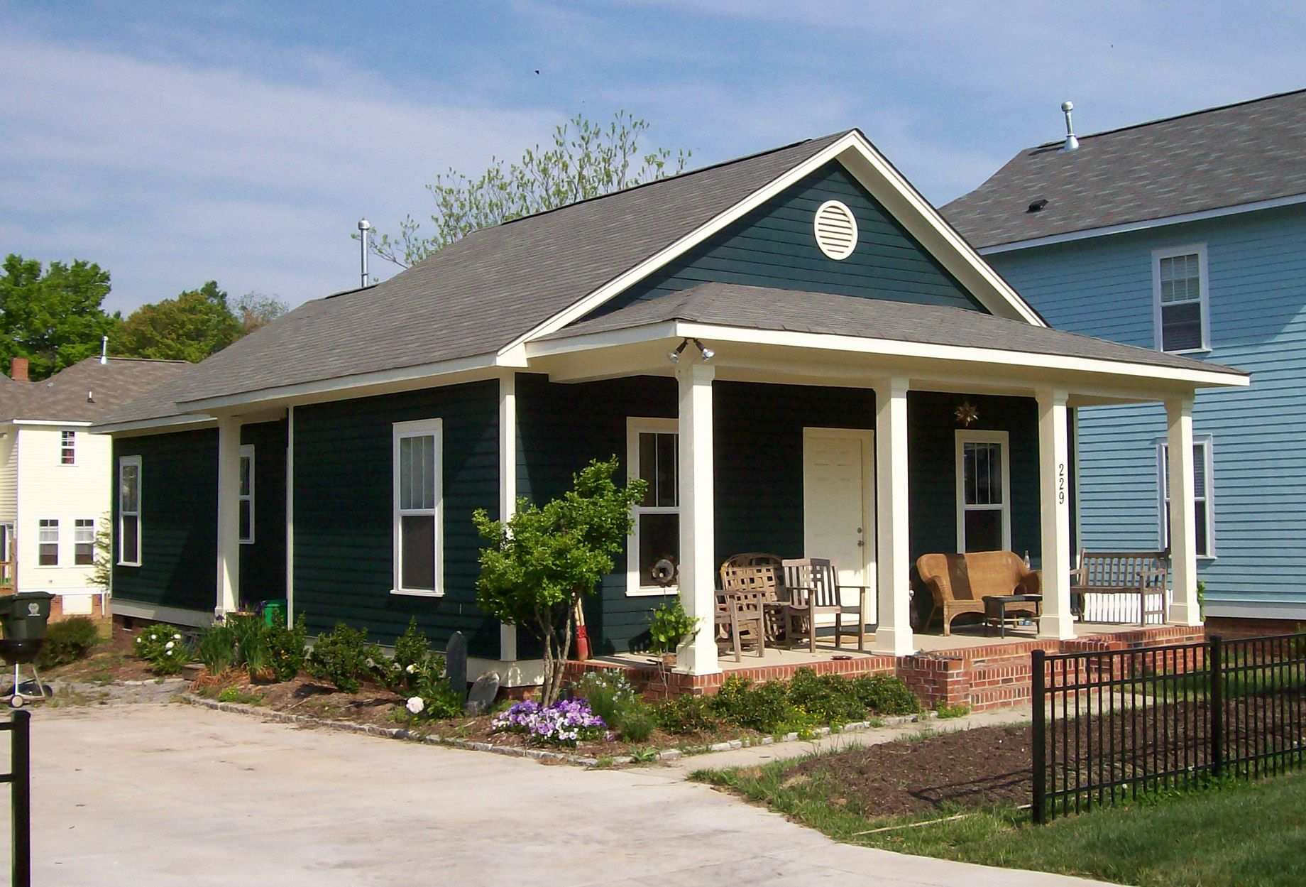 Plan 10045tt Classic Single Story Bungalow Craftsman Bungalow House Plans Cottage House Plans Bungalow House Plans