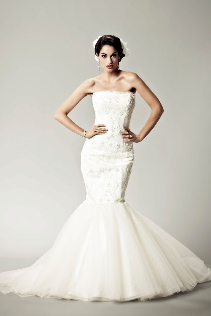 15 Divine Wedding Dresses for the Vintage Glam Bride | Matthew ...