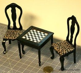 @Nasreen Nabaoui - how nice is this? I love the chess table!!