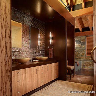 ski lodge residence master bathroom | bathroom decor