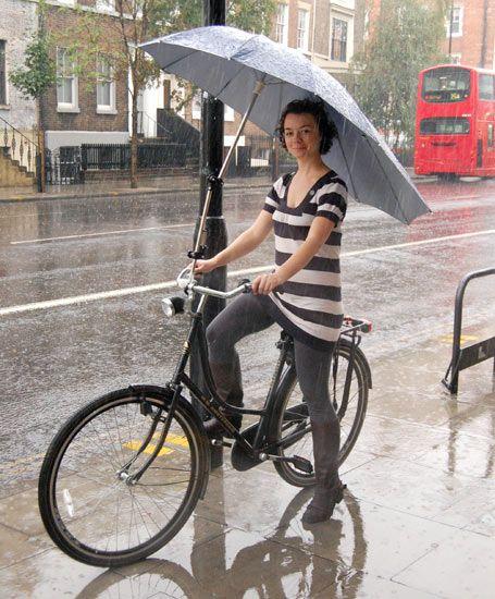 Riding Hoods How To Beat The Rain Mit Bildern Fahrrad Fahren