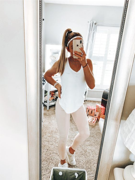 Trendy Gym Outfits and Yoga Outfits Ideas