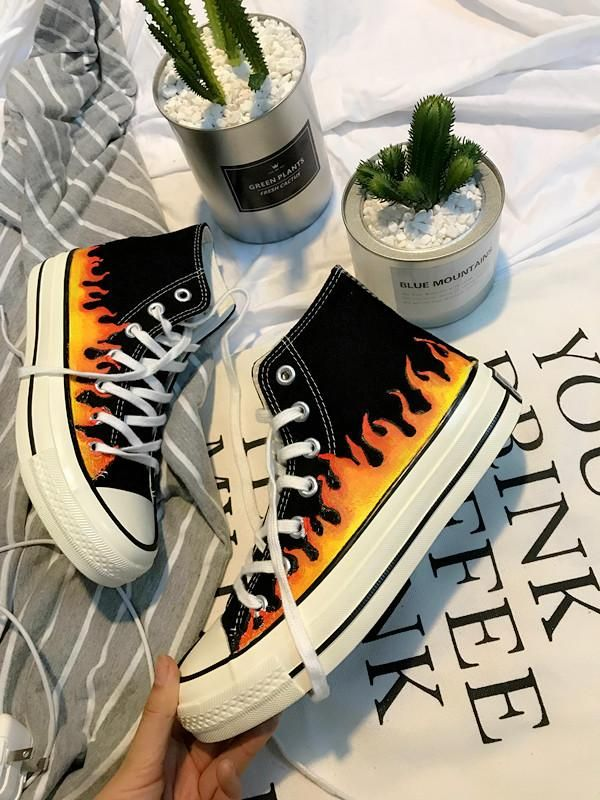 SKATE HIGH CLASSIC SNEAKERS PRINT FIRE THICK SOLE