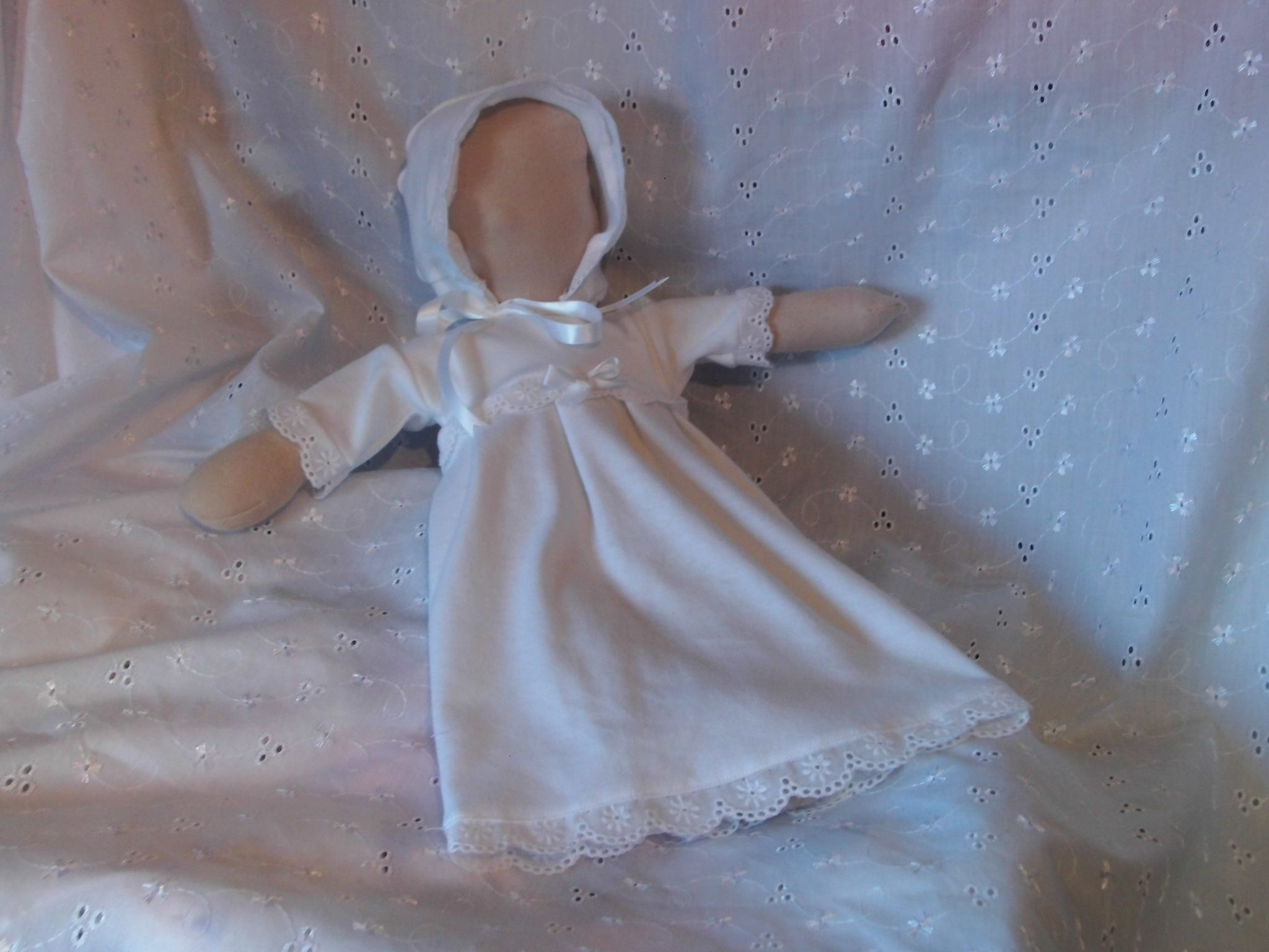 dresses baby burial gowns here smallest ever   burial gowns ...