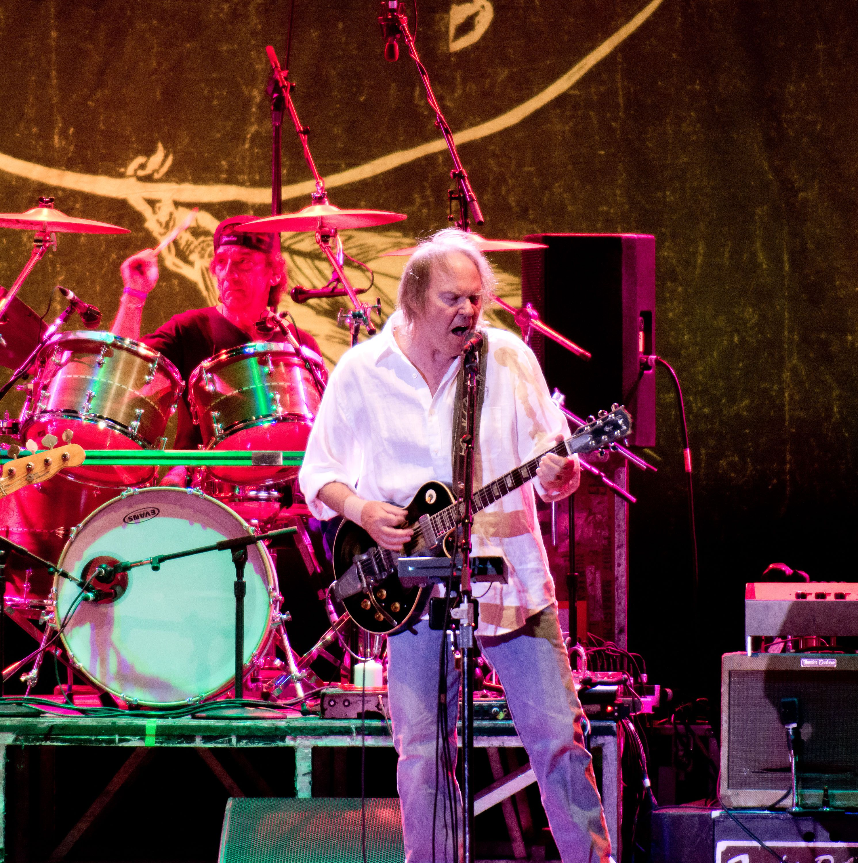NEIL YOUNG ~ BORN IN CANADA