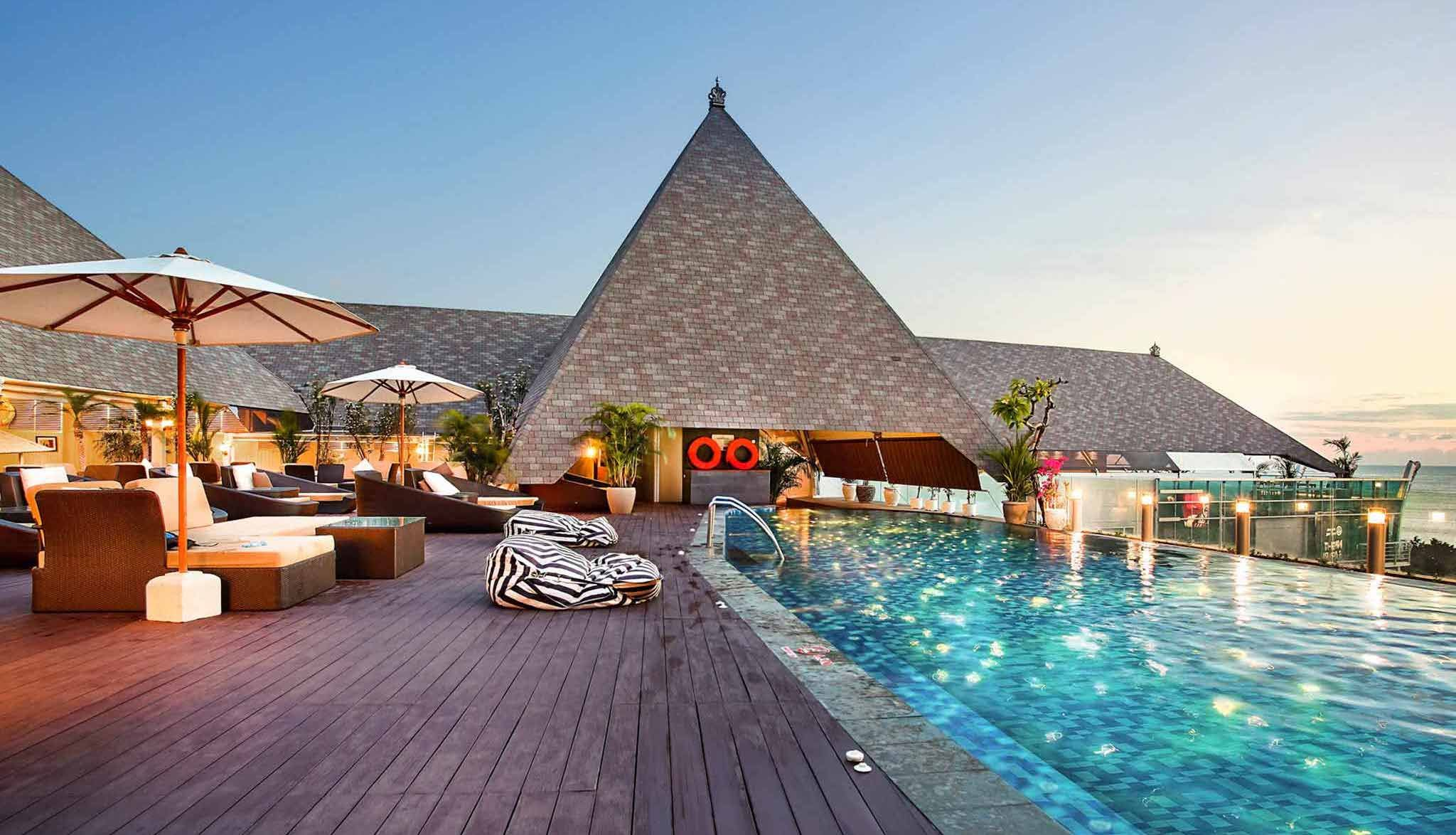 Cheap Vacation Package Deals 2021 22 Travelpirates Kuta Beach Heritage Hotel Kuta Beach Heritage Hotel