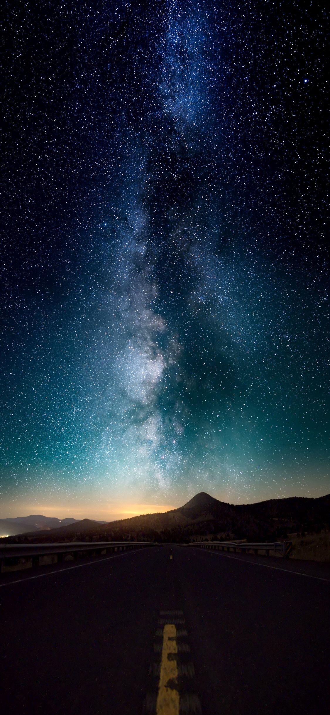 Milky Way Wallpaper 4k Mobile Trick Iphone Wallpaper Night Sky Starry Night Wallpaper Night Sky Wallpaper