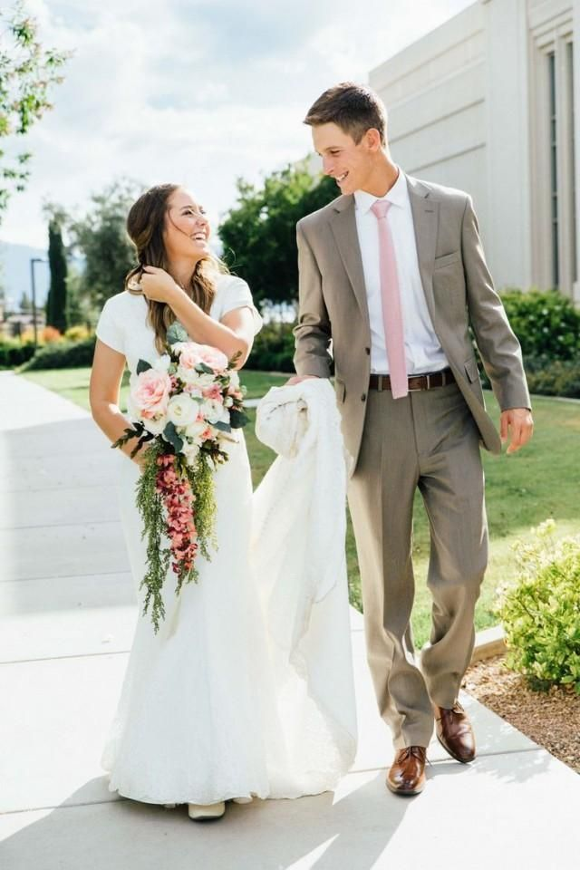 Gila Valley Temple Wedding // LDS Bride // Modest Dress | wedding ...
