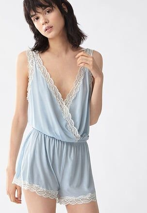 pyjama light blue fashion. Black Bedroom Furniture Sets. Home Design Ideas