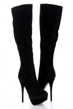 I am in love with these boots. | Boots, Shoes, Platform