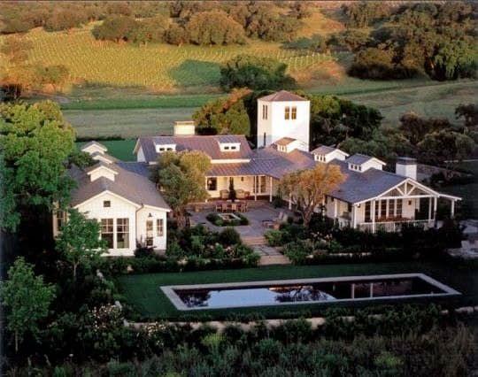 Sonoma Ranch By Walker Warner Architects U Shaped Houses Farmhouse Exterior Contemporary Farmhouse