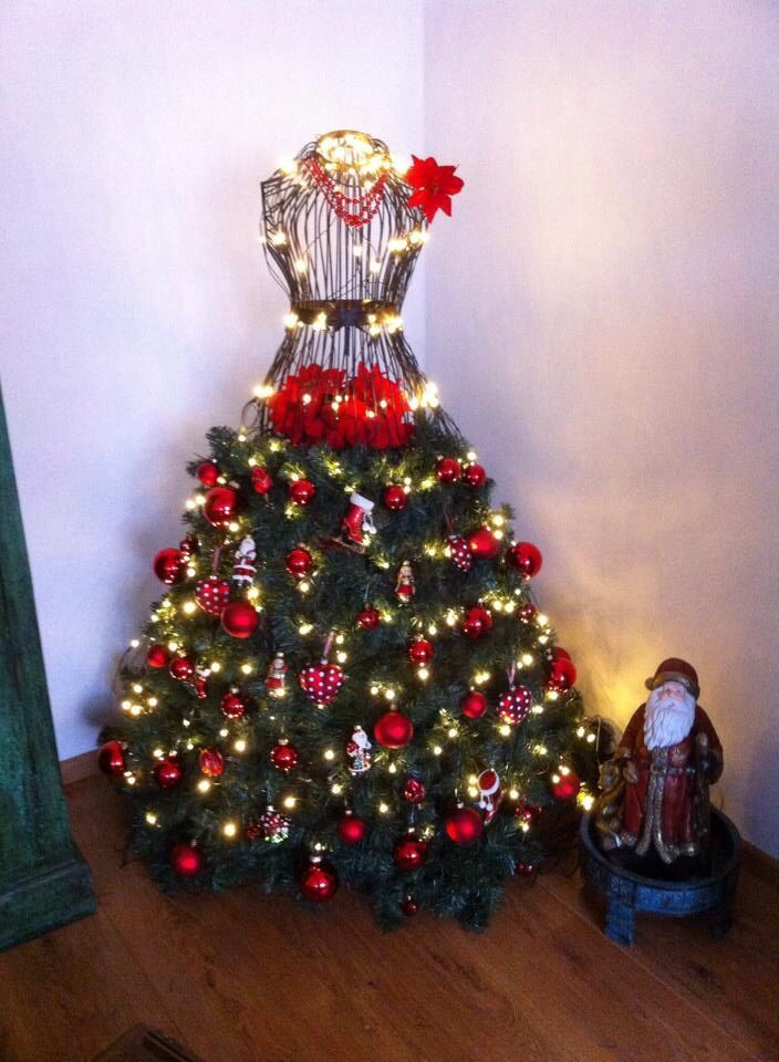 46 fashion inspired christmas trees made from dress forms | dress