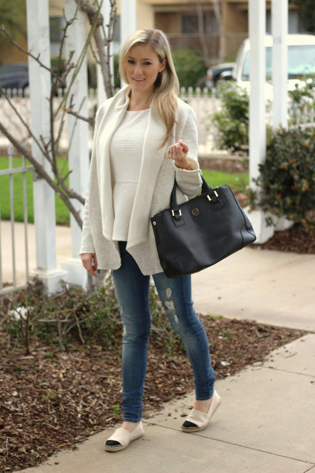 Skinny jeans with espadrilles