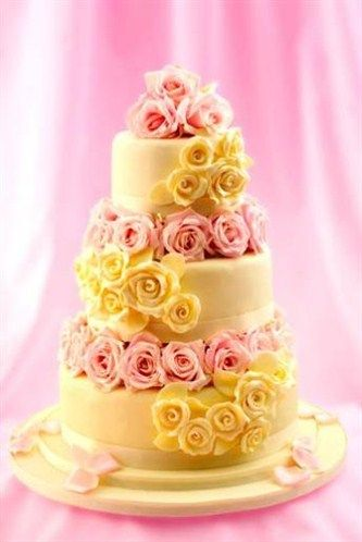 Mich Turner Wedding Cakes This Covering And Flowers Are Made Of Pure Chocolate