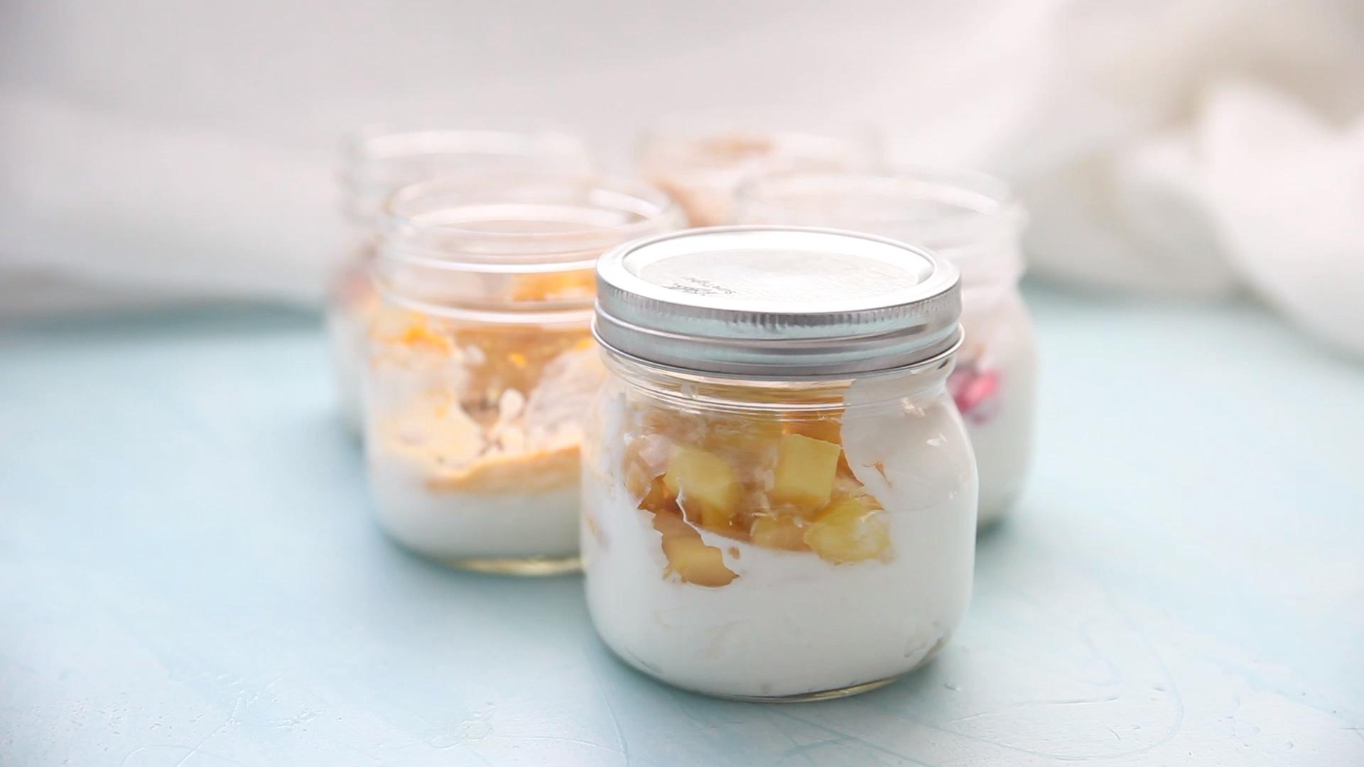 Healthy Yogurt Parfaits – Carey&CleanEatingS